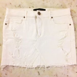 NWOT express denim distressed white skirt